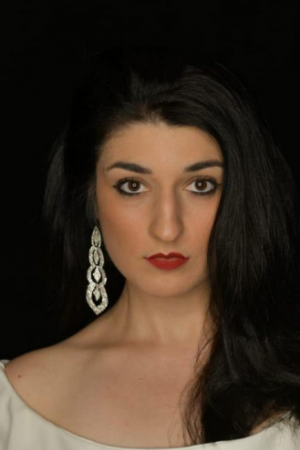 Solo artist Stephanie Angelini